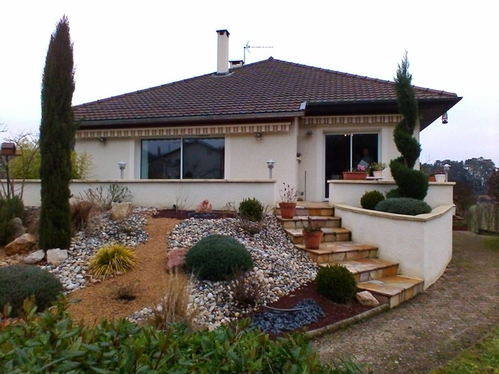 R alisation d 39 une extension sur l vation guillot p2a for Agrandissement maison isere