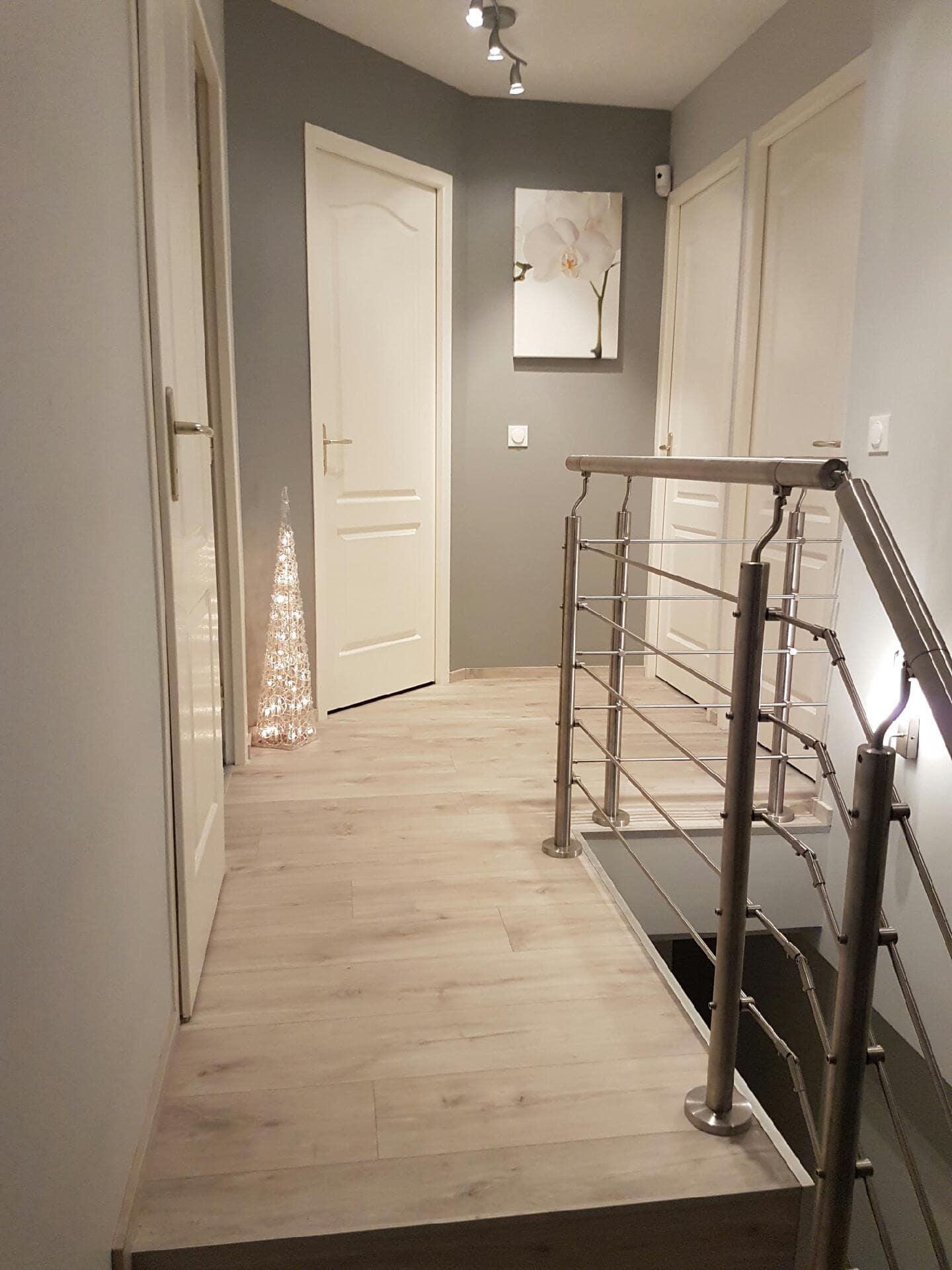 Rénovation interieur et pose de rampe d'escalier - Isère - GuillotP2A